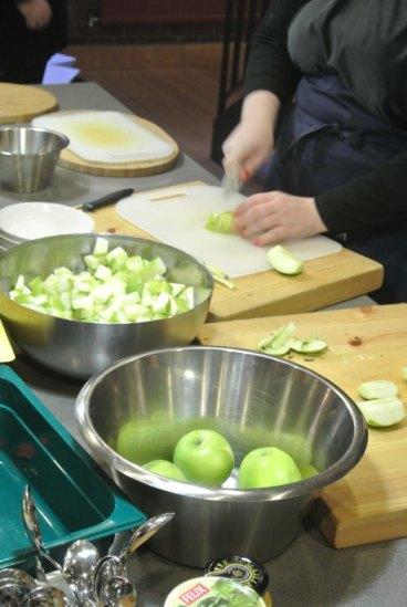 omenanpilkkominen