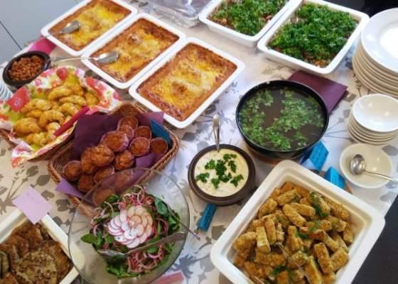 Kasvisruokia ja gluteenittomia ruokia