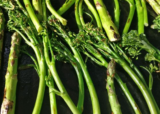 grillattu_broccoliini