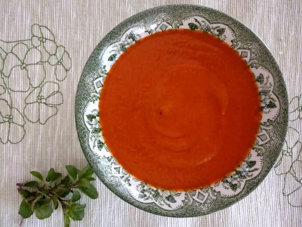 tomaatti_vuohenjuusto_keitto